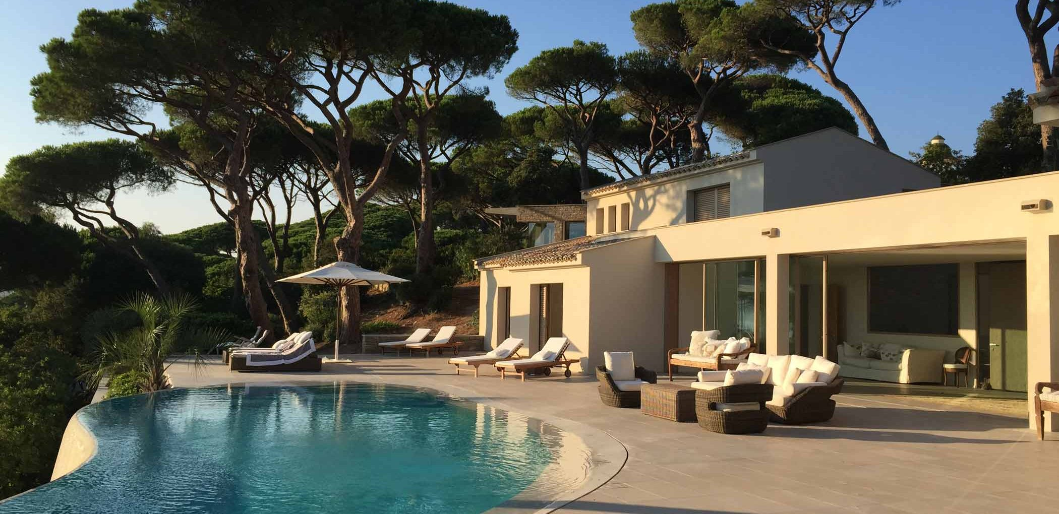 View of Villa Saint Tropez with wooden lift and slide doors