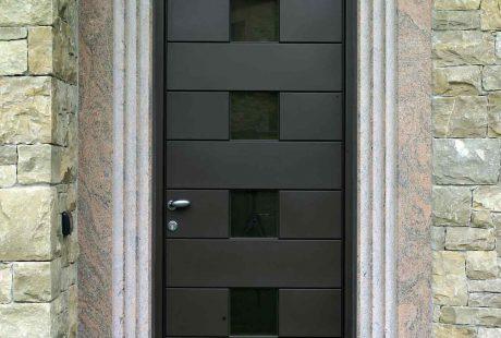 Portoncini d'ingresso, immagine nove